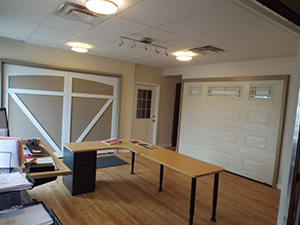 Office with 2 garage doors